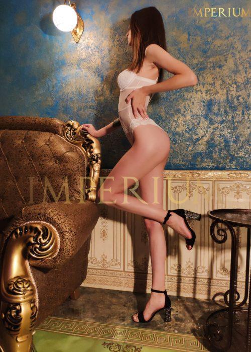 Кери мастер эротического массажа Империум