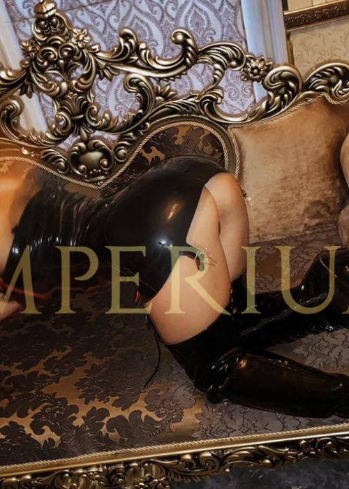 Nellie master in the erotic salon Imperium